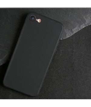 """Чехол """"Matt"""" силиконовый для iPhone 7/8 черный"""