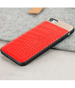 """Чехол из натуральной кожи """"Comma"""" Croco красный для iPhone 7/8"""