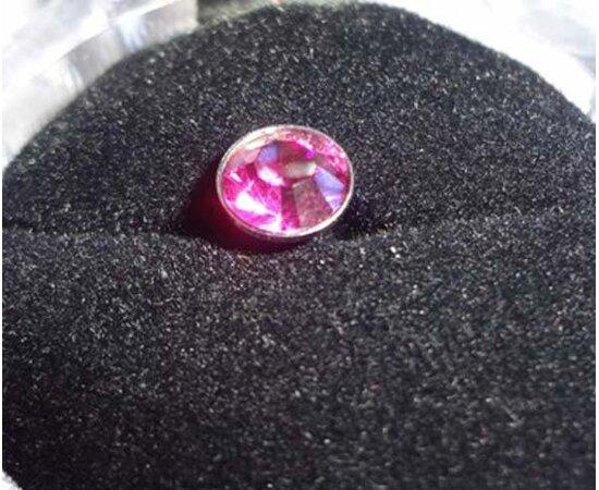 Заглушка с камнем для 3.5 мм разъема
